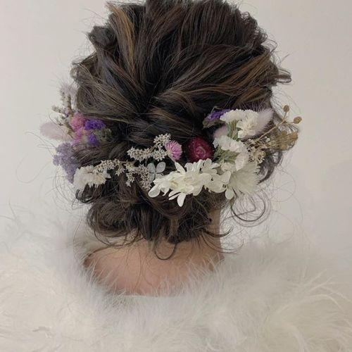 担当シオリ @shiori_tomii 成人式ヘアセット来年の成人式のご予約埋まってきております!まだの方はお急ぎください〜♡DMからでもOKです♡#hearty#shiori_hair #成人式ヘアセット#成人式#成人式ヘア #ヘアセット#ヘアアレンジ#結婚式ヘアアレンジ #二次会ヘア #高崎美容室#群馬美容室#高崎#群馬