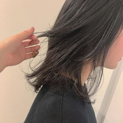 担当シオリ @shiori_tomii レイヤーをたっぷりいれてダークグレーに#hearty#shiori_hair #ダークグレー#黒染め#グレージュ#高崎美容室#群馬美容室#高崎#群馬