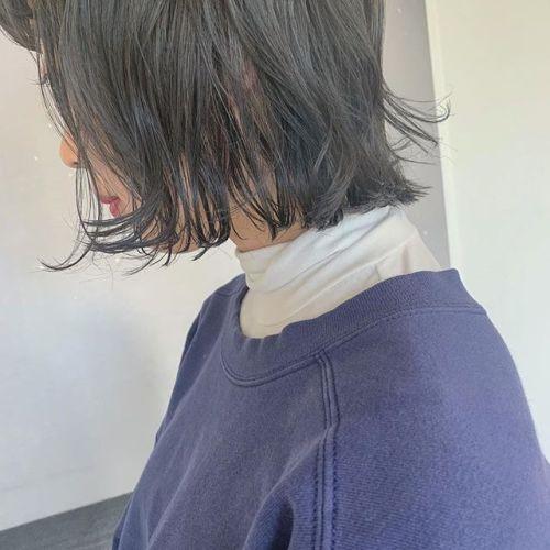 担当シオリ @shiori_tomii ダークグレージュ🦈色落ちもスーパーかわいいです🦈#hearty#shiori_hair #グレージュ#ダークグレー#トーンダウン#ネイビー#高崎美容室#群馬美容室#高崎#群馬