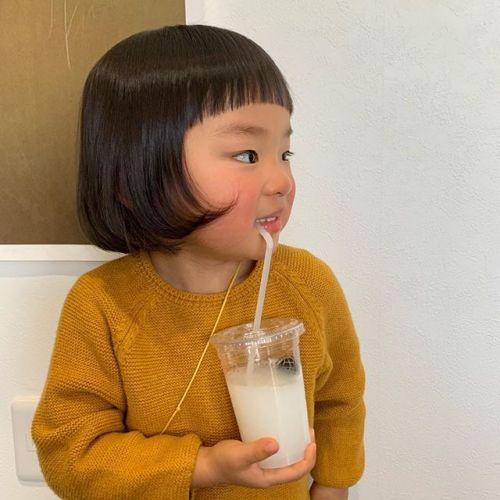 担当シオリ @shiori_tomii キッズカット初めてのカットいい子に切れてえらかったです♡#hearty#shiori_hair #キッズカット#子供カット#高崎美容室#群馬美容室#高崎#群馬