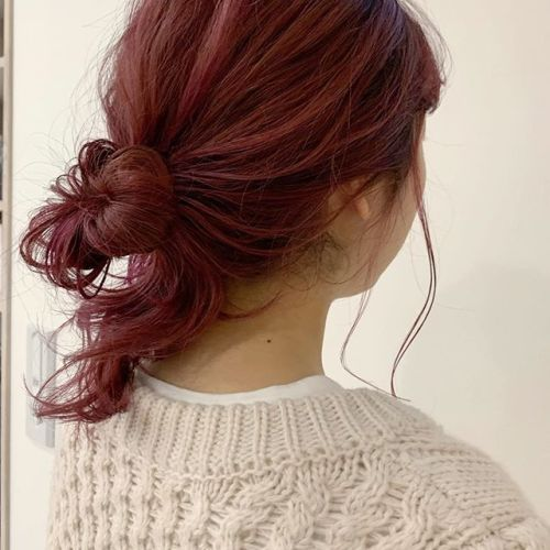担当シオリ @shiori_tomii 派手髪はラフなヘアアレンジがかわいい#hearty#shiori_hair #ピンクヘアー #ヘアアレンジ#ヘアセット#お団子アレンジ#ヘアスタイル#高崎美容室#群馬美容室#高崎#群馬