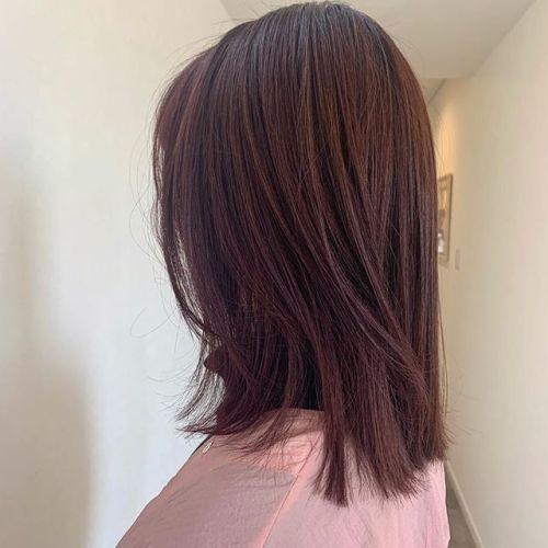 担当シオリ @shiori_tomii red color🧣🧣#hearty#shiori_hair #ヘアスタイル#チェリーレッド#ミディアム#ピンクヘアー #高崎美容室#群馬美容室#高崎#群馬