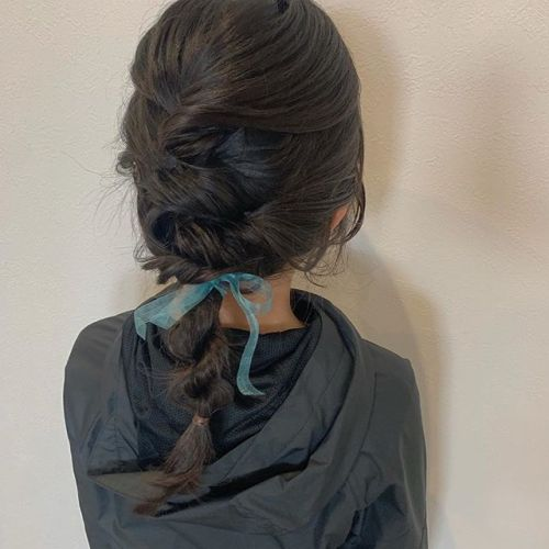 担当シオリ @shiori_tomii 入学式前のプチアレンジ小学校入学おめでとう#hearty#shiori_hair#ヘアアレンジ #ヘアセット#ヘアスタイル#高崎美容室#群馬美容室#高崎#群馬