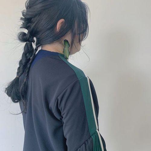 担当シオリ @shiori_tomii 個性派アレンジファセッタズムのジャージにお似合いすぎます #hearty#shiori_hair #ヘアセット#ヘアアレンジ#ファセッタズム#ヘアスタイル#個性派ヘアー #ヘアアレンジ#高崎美容室#群馬美容室#高崎#群馬