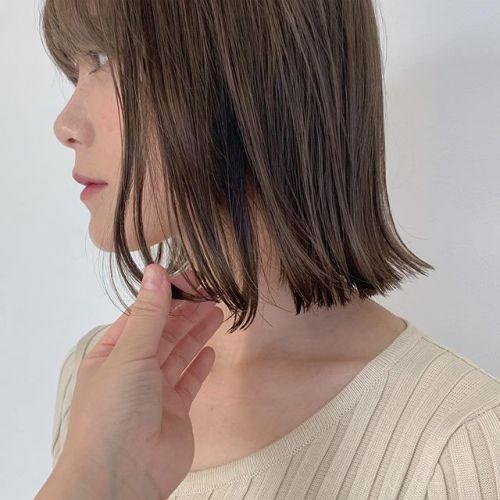 担当シオリ @shiori_tomii 切りっぱなしBOBのシルキーベージュ♀️#hearty#shiori_hair #シルキーベージュ#ベージュ#アッシュベージュ#切りっぱなしボブ#高崎美容室#群馬美容室#高崎#群馬