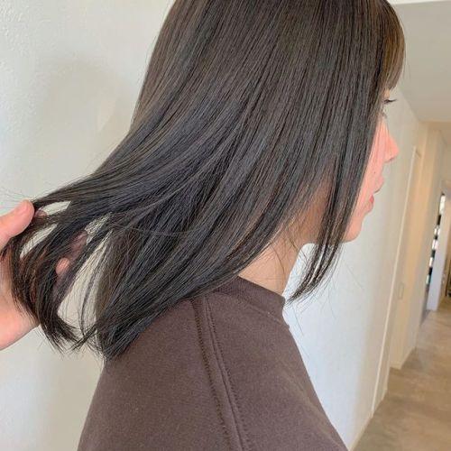 担当シオリ @shiori_tomii ロイヤルトリートメントとカラーの最強コースツヤサラで色持ちもキープできて最高です#hearty#shiori_hair #アッシュベージュ#インナーカラー #ベージュ#高崎美容室#群馬美容室#高崎 #群馬