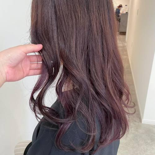 担当シオリ @shiori_tomii ピンクブラウン🎟#hearty#shiori_hair #ピンクブラウン#ピンクグレー#ピンクベージュ #ピンクヘアー #高崎美容室#群馬美容室#高崎#群馬