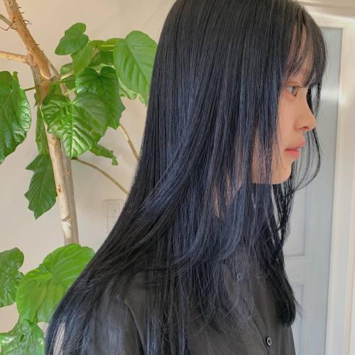 担当→コガワ @momokakogawa midnight blueブリーチなしのダブルカラーです#ブリーチなしカラー#ブルーカラー#高崎美容室#群馬美容室