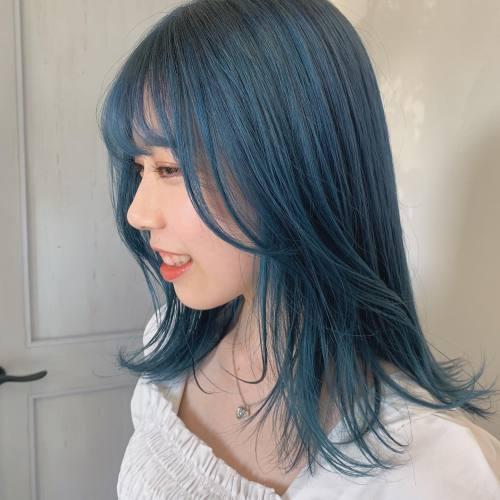 担当→コガワ @momokakogawa 色んなブルー楽しみにしてます🌍#ハイトーンカラー#ブルーカラー#ブルーヘア#高崎美容室#群馬美容室