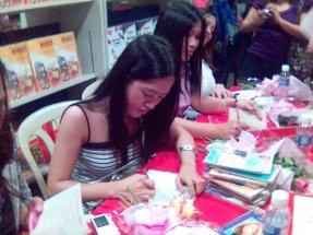 signing 1
