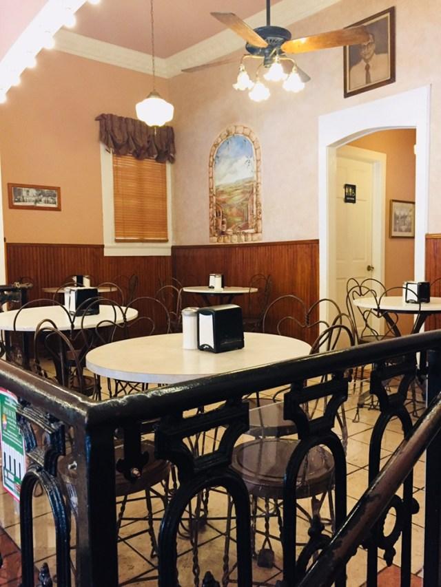 Angelo Brocato's mezzanine area