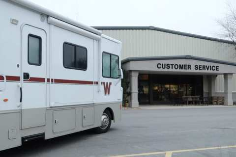 winnebago customer service
