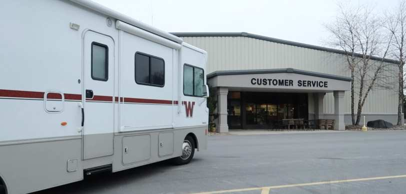 winnebago customer service