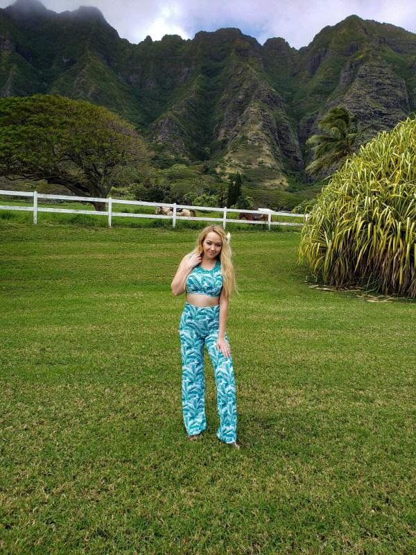 Honolulu Hawaii Travel Fashion