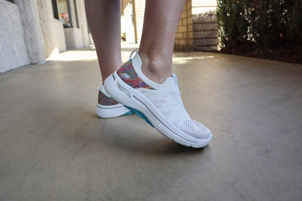 Skechers GOWalk Arch Fit Shoes Review in Fun Times Print