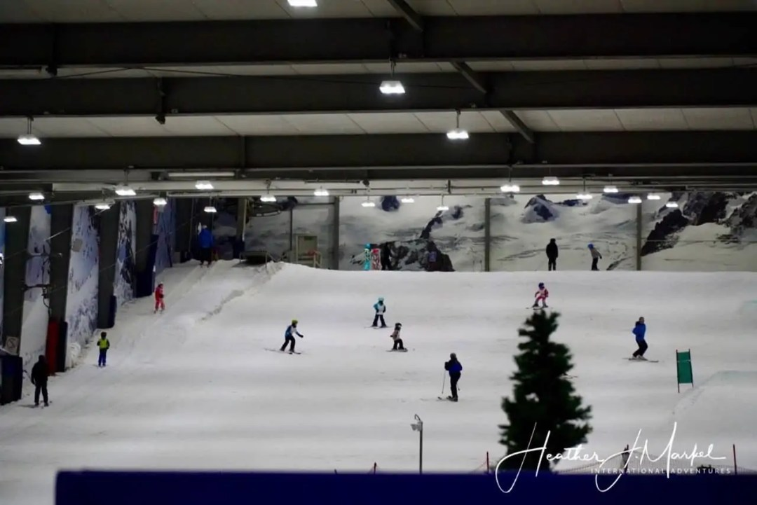 snowplanet skiers