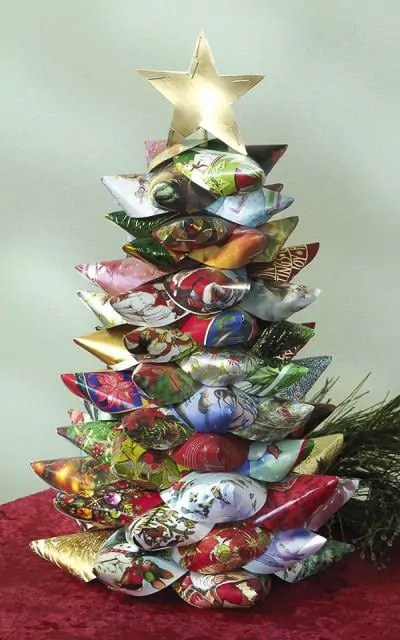 51 EPIC Christmas Card Crafts to Recycle/Repurpose Old Greeting Cards!