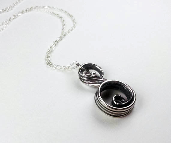 swirl necklace side view