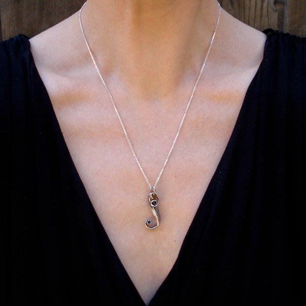 mitsuro blue topaz necklace on model