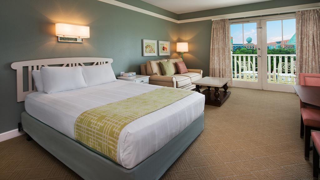 Disney 39 s boardwalk inn and villas through heather 39 s for Boardwalk villas 1 bedroom