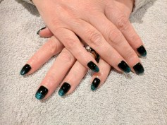Black Pool with Emerald Lights tips