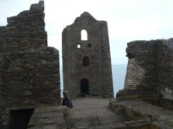 Derelict mine building at Wheal Coates5