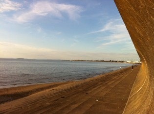 Burnham tide coming in1