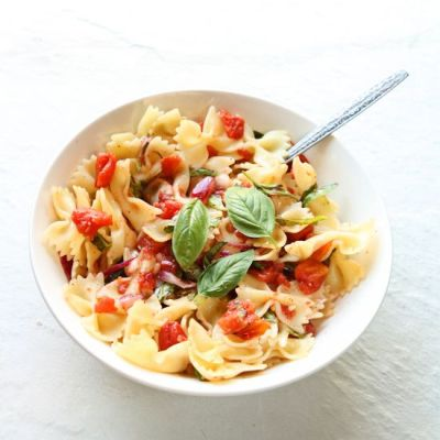 Bow Tie Pasta with Simple Tomato Sauce