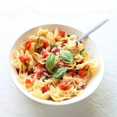 Bow Tie Pasta with Simple Tomato Sauce