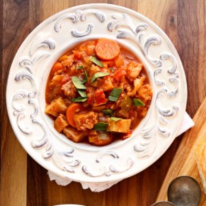 Fish Stew   Hearty and healthy fish stew made with white fish and tons of fresh veggies. The ultimate comfort meal!   heavenlyhomecooking.com
