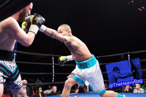 Kevin Cruz used his jab to set up punishing body blows for the TKO