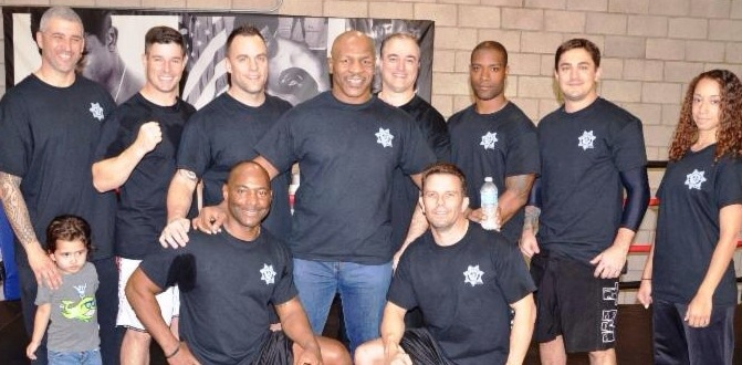 Mike tyson archives heavy bag boxing mike tyson meet greet in vegas a huge hit m4hsunfo