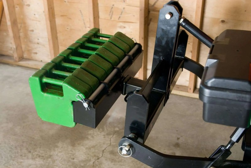 Suitcase-Weight-Bracket-Tractor-Attachment-Receiver-Hitch