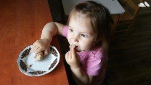 banana-almond-muffins-05