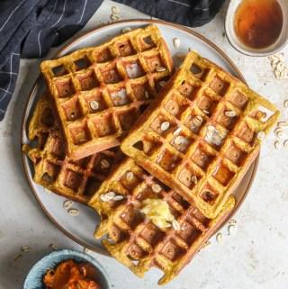 Healthier Pumpkin Oat Waffles