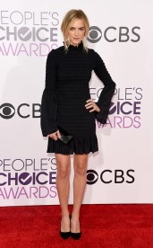 rs_634x1024-170118171228-634-emily-wickersham-peoples-choice-awards-kg-011817