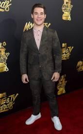 rs_634x1024-170507160605-634.Adam-Devine-MTV-Movie-and-TV-Awards-Los-Angeles.kg.050717