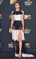 rs_634x1024-170507170519-634-Alexandra-Daddario-mtv-movie-tv-awards-2017