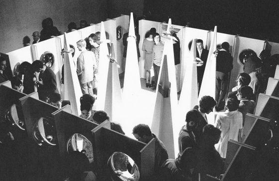 Objects to wear, Van Abbemuseum, 1969, tentoonstelling