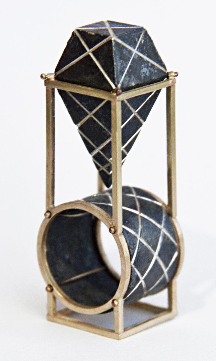 Philip Sajet, Black Byzantine Ring, goud en zilver, niëllo, 2016