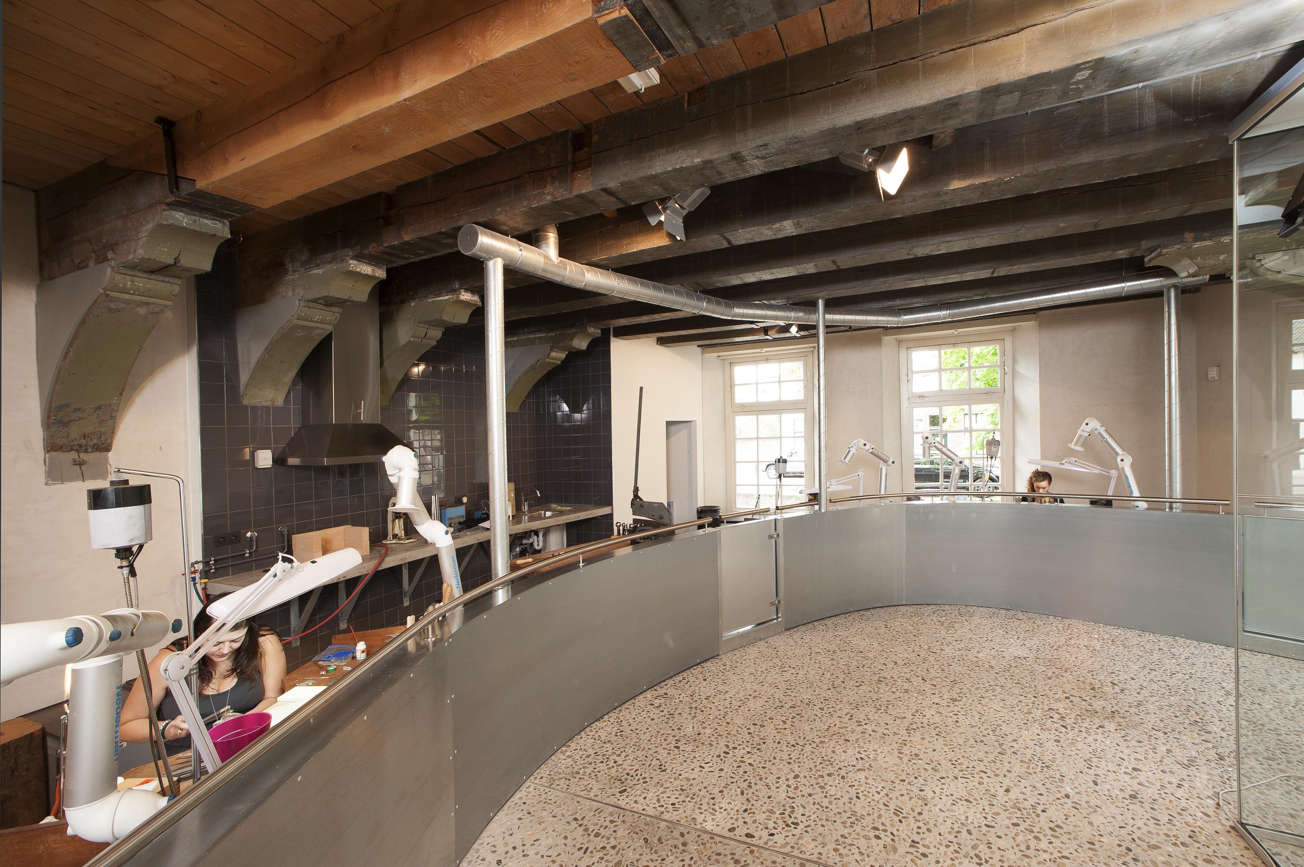 De smederij in het Zilvermuseum, Schoonhoven