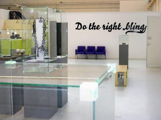 Do the right bling. Foto met dank aan SMS©