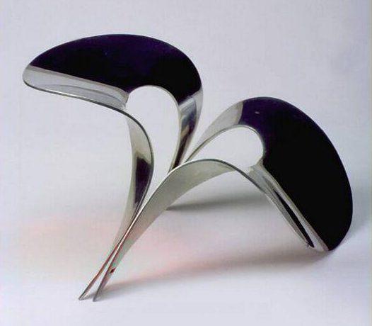 Emmy van Leersum, Halskraag met sluiting, 1967. Collectie Design Museum Den Bosch, metaal