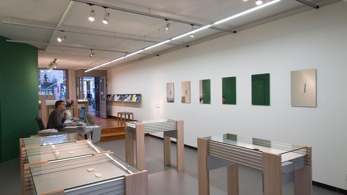 Jiro Kamata, Ghost, Galerie Rob Koudijs, 2016, tentoonstelling, interieur