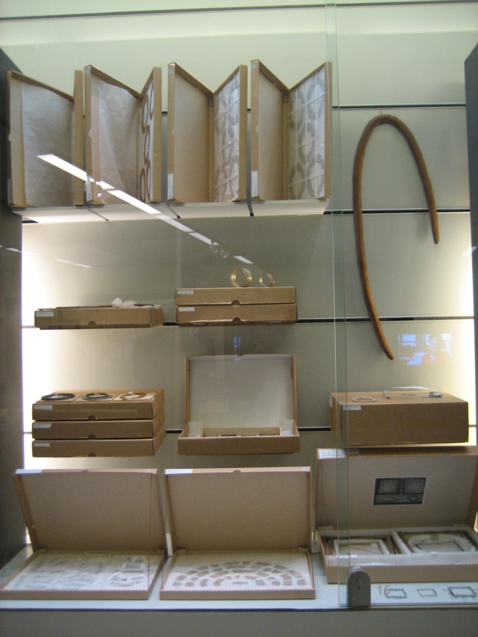 Werk in uitvoering, CODA, 2010, tentoonstelling, wandvitrine