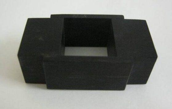 Onno Boekhoudt, Quick Quick Slow, ring, 1999. Collectie Design Museum Den Bosch, hout