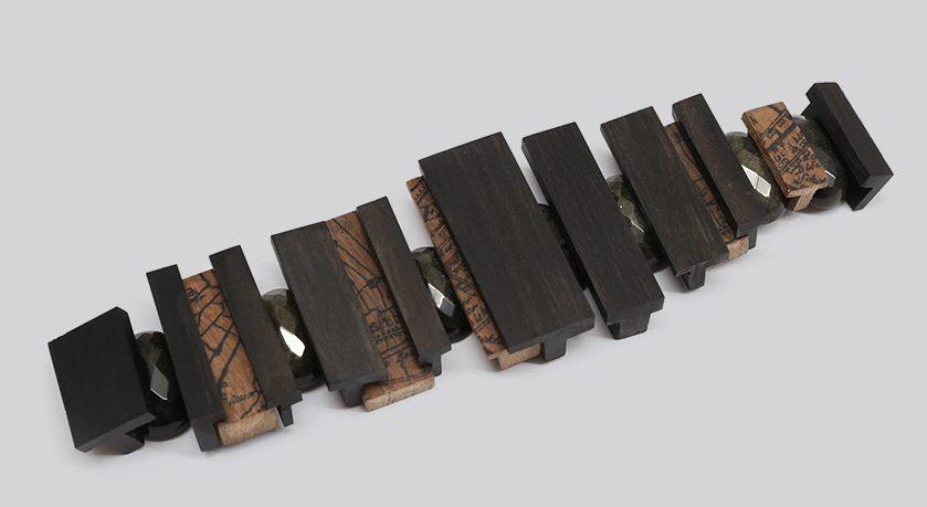 Francis Willemstijn, armband. Foto met dank aan Francis Willemstijn©
