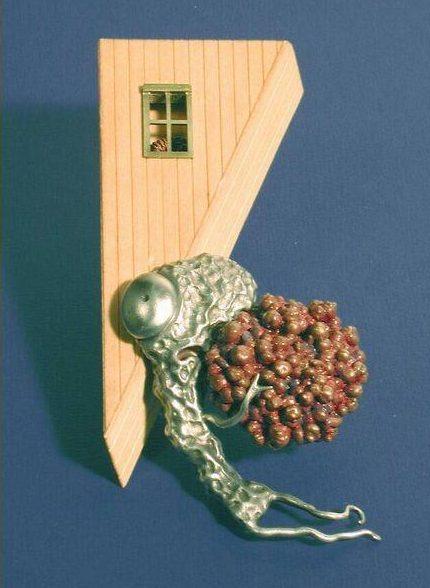 Bruce Metcalf, Tumble, broche, 1993. Foto met dank aan SMS©