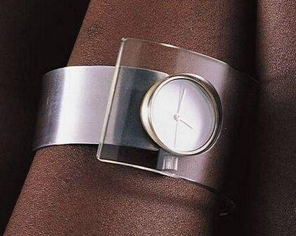 Bruno Ninaber van Eyben, horloge, 1974-1975. Foto met dank aan SMS©
