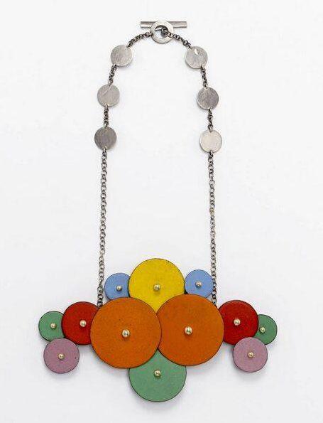 Daniel Kruger, halssieraad, 2009. Collectie Design Museum Den Bosch, metaal